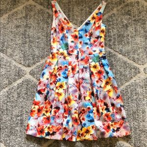 Betsy Johnson floral dress with pockets